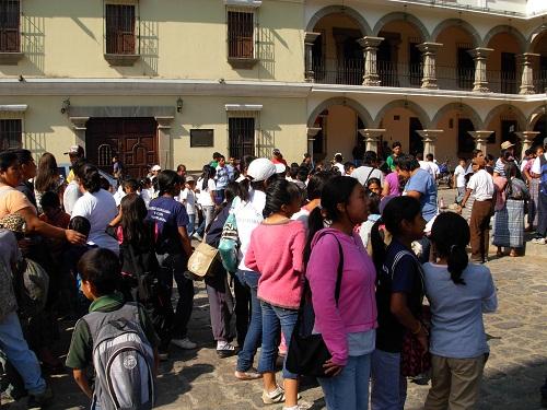 Guatemalan Leaders Launch Major Environmental Awareness And Recycling Campaign