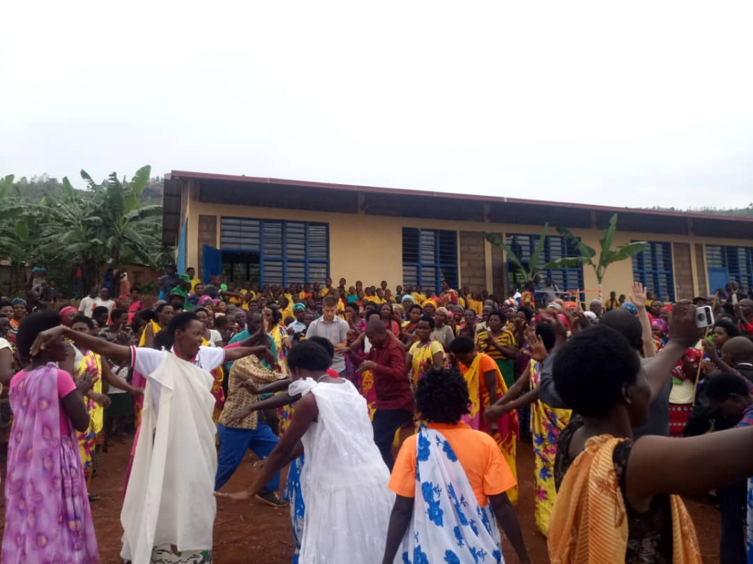 Cihya Villagers Celebrate New Elementary School.